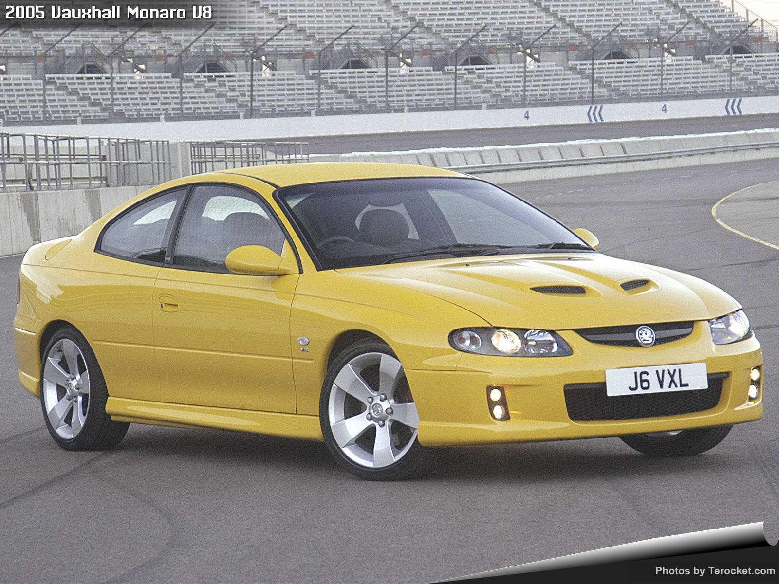 Hình ảnh xe ô tô Vauxhall Monaro V8 2005 & nội ngoại thất