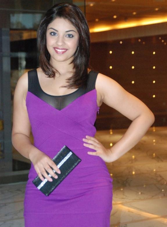 Richa Gangopadhyay In Hot Purple Dress Short Skirt Photos Stills cleavage