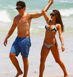 miles-teller-keleigh-sperry-continue-their-vacation-36.jpg