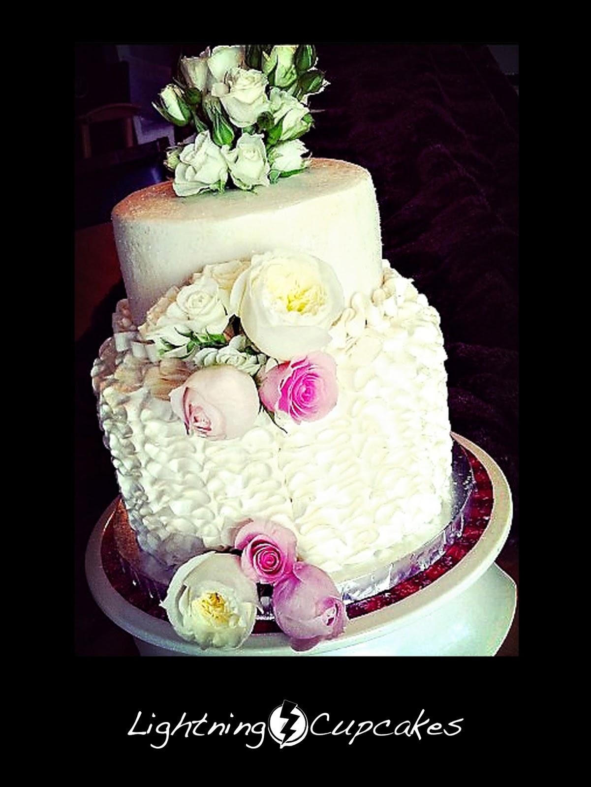 lightning cupcakes weddings events. Black Bedroom Furniture Sets. Home Design Ideas