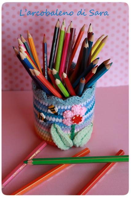 crochet penholder