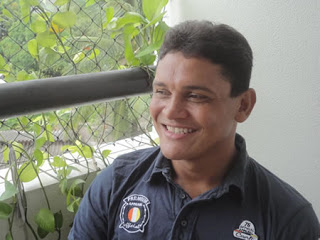 O treinador do América é Humberto