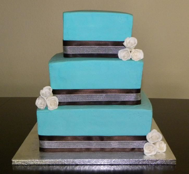 Prepare Wedding Dresses Modern Square Wedding Cakes