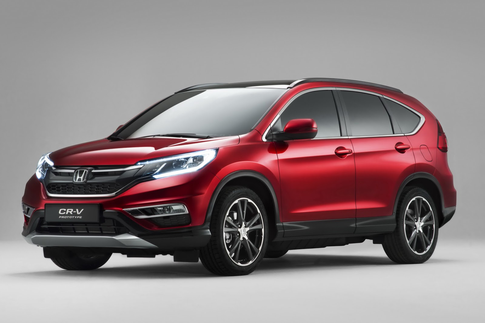 honda 39 s 2015 cr v facelift for europe gets new 160ps 1 6l diesel carscoops. Black Bedroom Furniture Sets. Home Design Ideas
