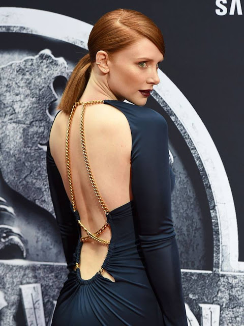 Red carpet: Bryce Dallas Howard Stuns in Emilio Pucci Navy Blue Evening Gown for Jurassic World Premiere 2015