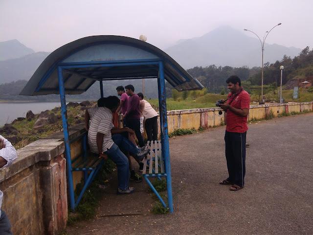 Tourist sitting spot in Banasura Sagar Dam