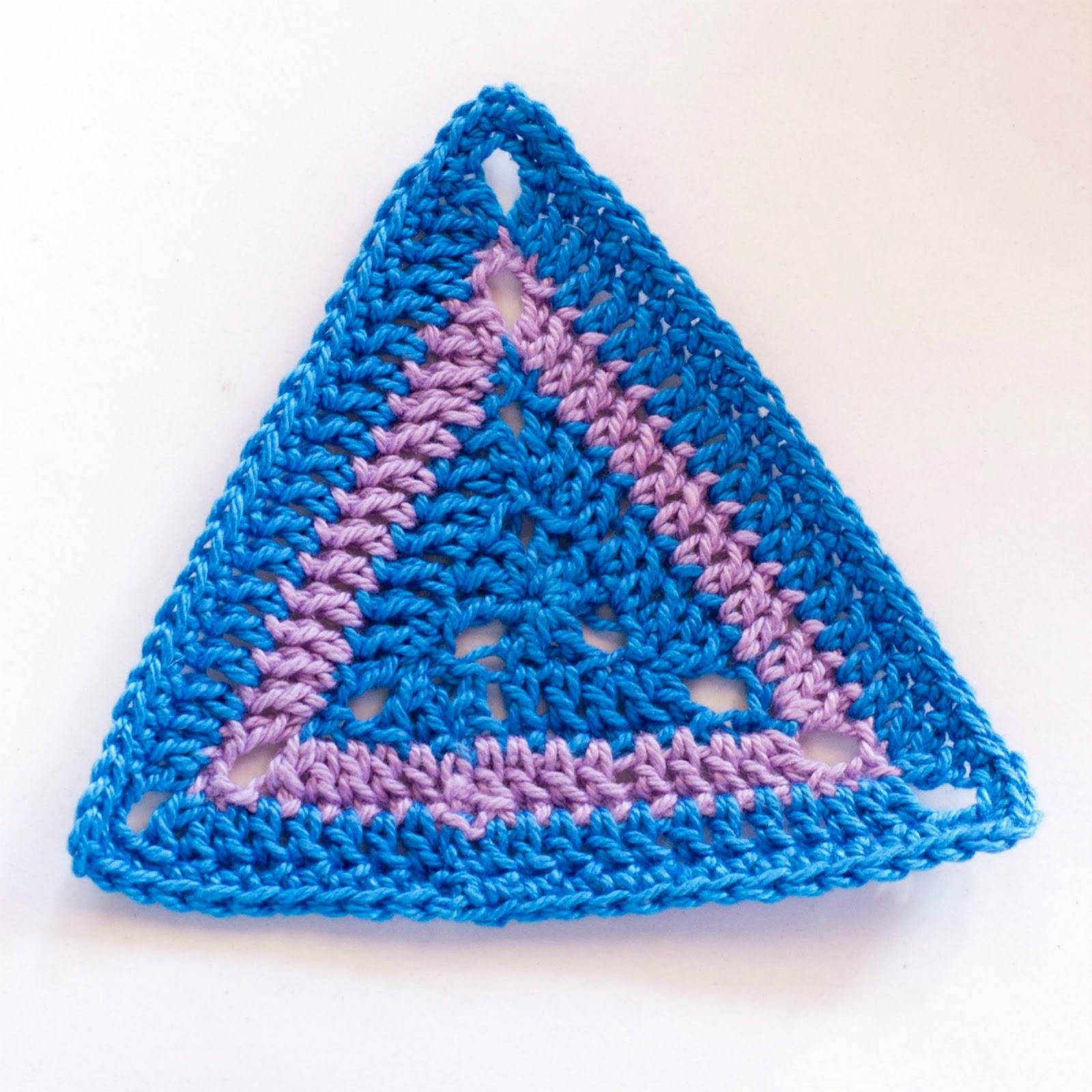Вязаные крючком треугольники фото