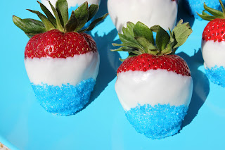 Patriotic Dipped Strawberries - Perfect For Memorial Day