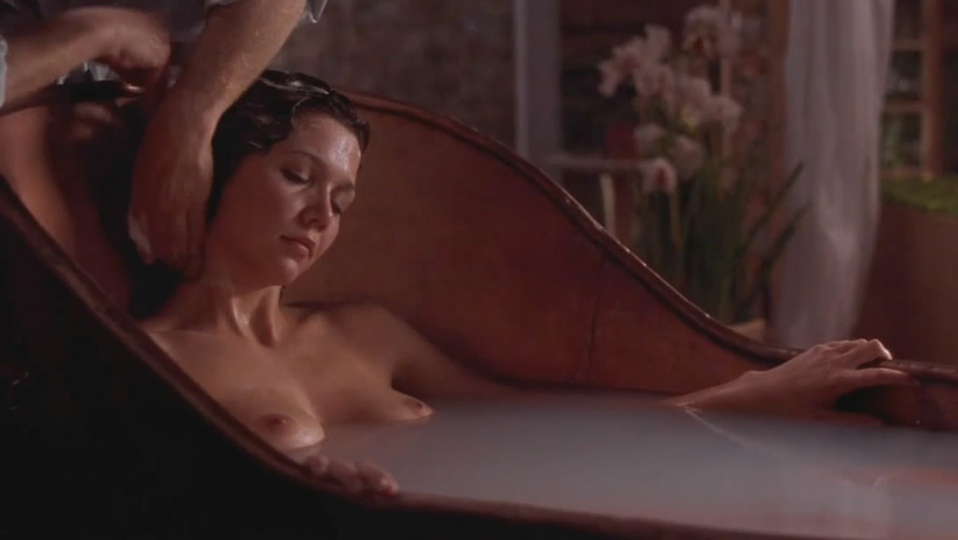 Maggie gyllenhaal topless real blowjob