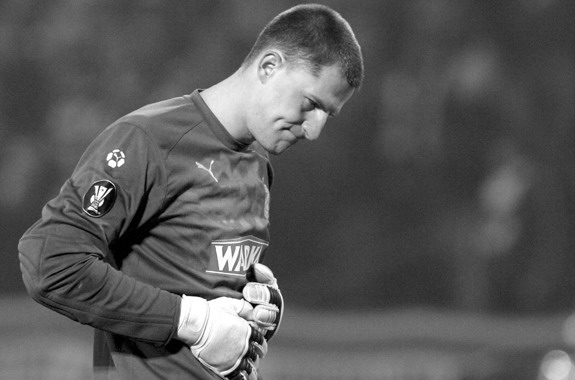 AIK goalkeeper Ivan Turina found dead in his apartment after suspected heart failure
