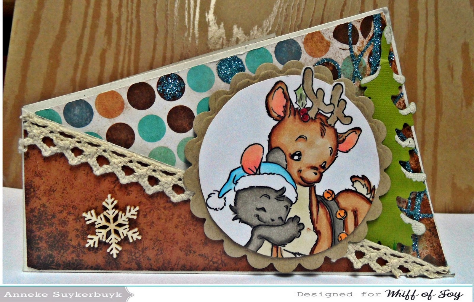 http://anneke-scrapfun.blogspot.be/2014/09/tutorial-twisted-card.html