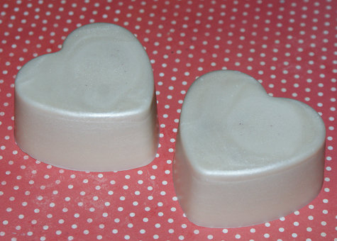 How to Make Solid Lotion Bars - DIY Handmade Solid Lotion Bar Recipe for Valentine's Day