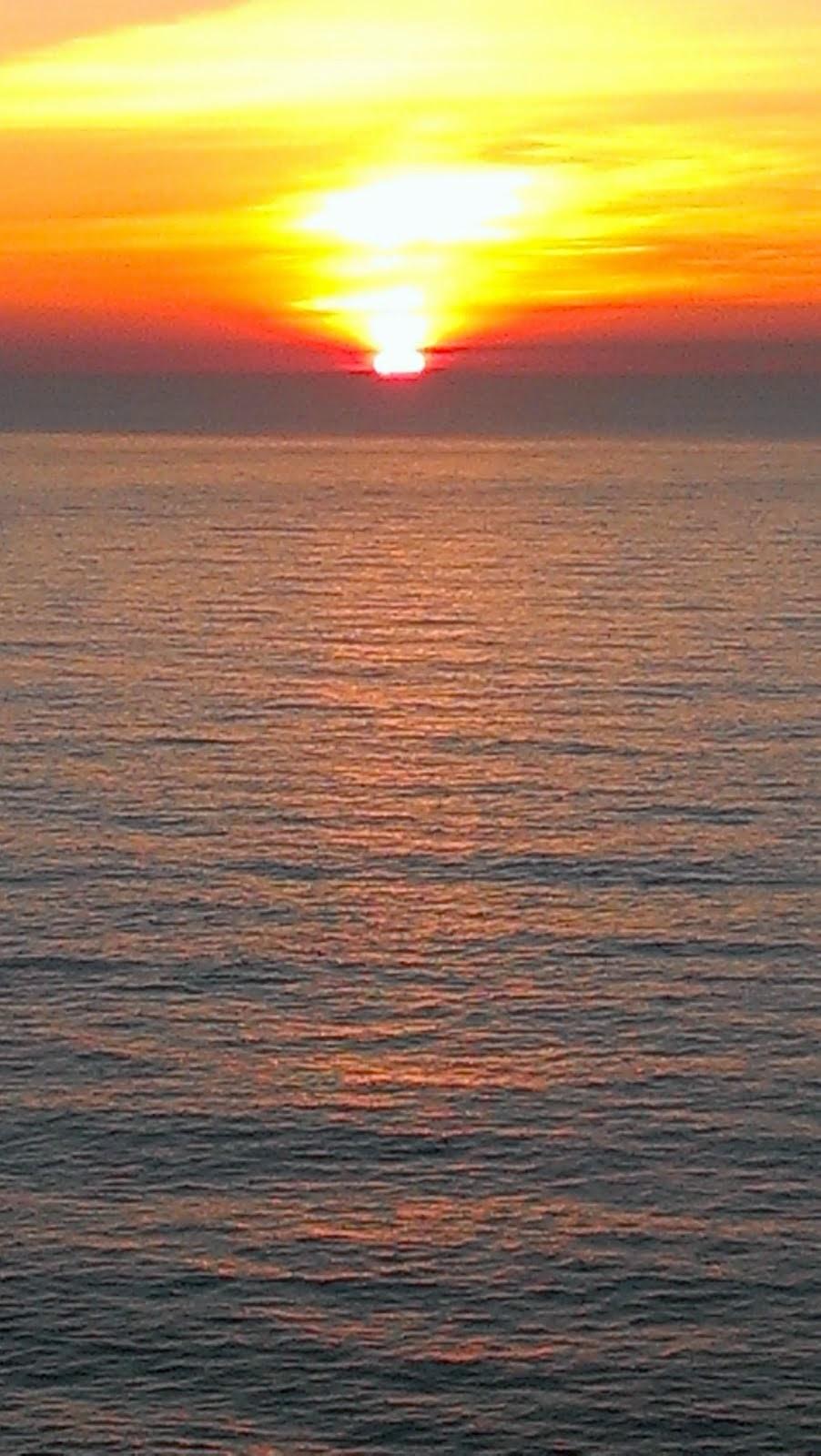 Puesta de Sol en el Cabo de Finisterre