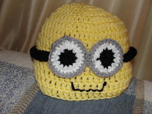 Free Crochet Hat Patterns For Minions : Bairbre Aine: Minion Crocheted Hat