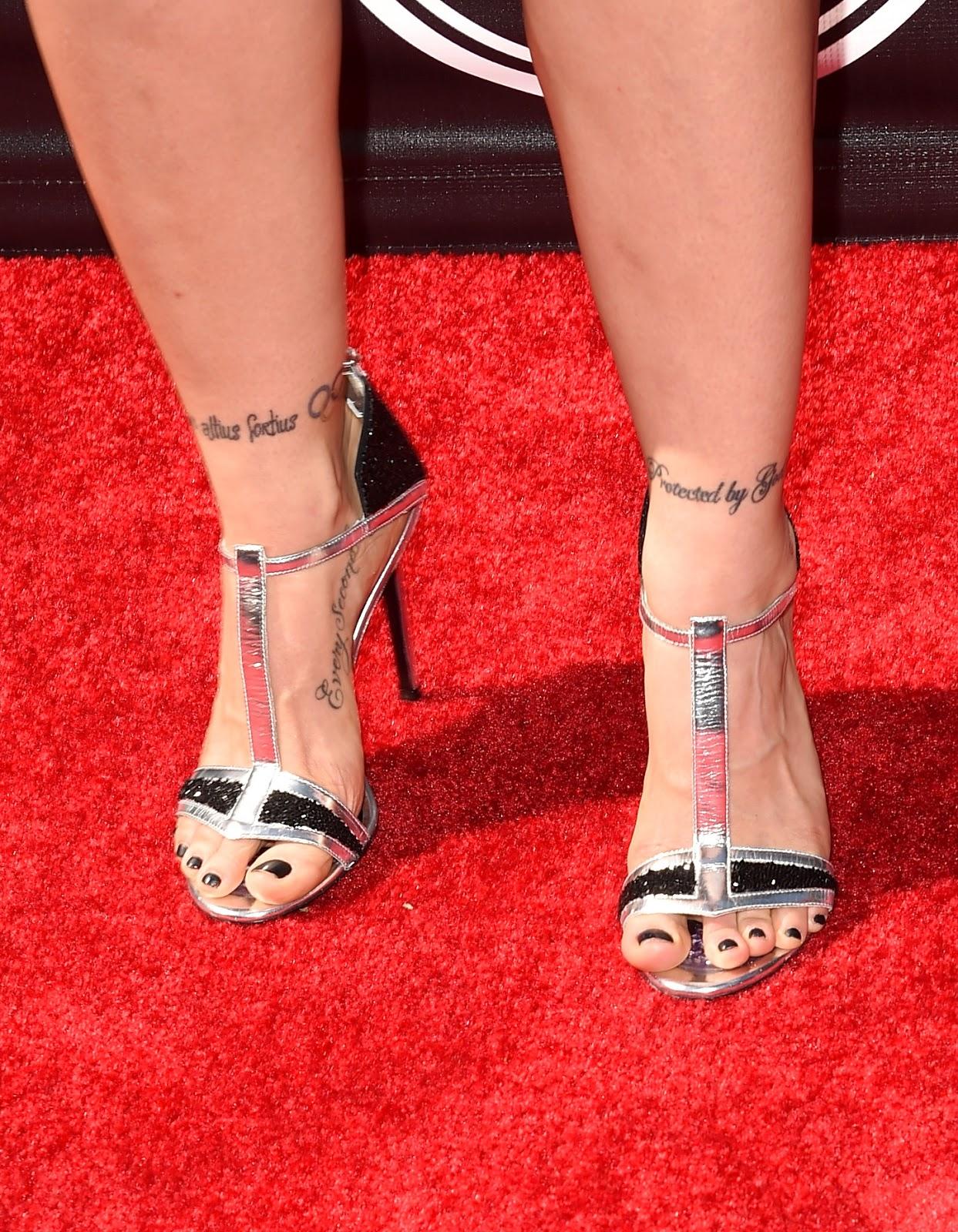 Celebrity feet ronda rousey ronda rousey voltagebd Choice Image