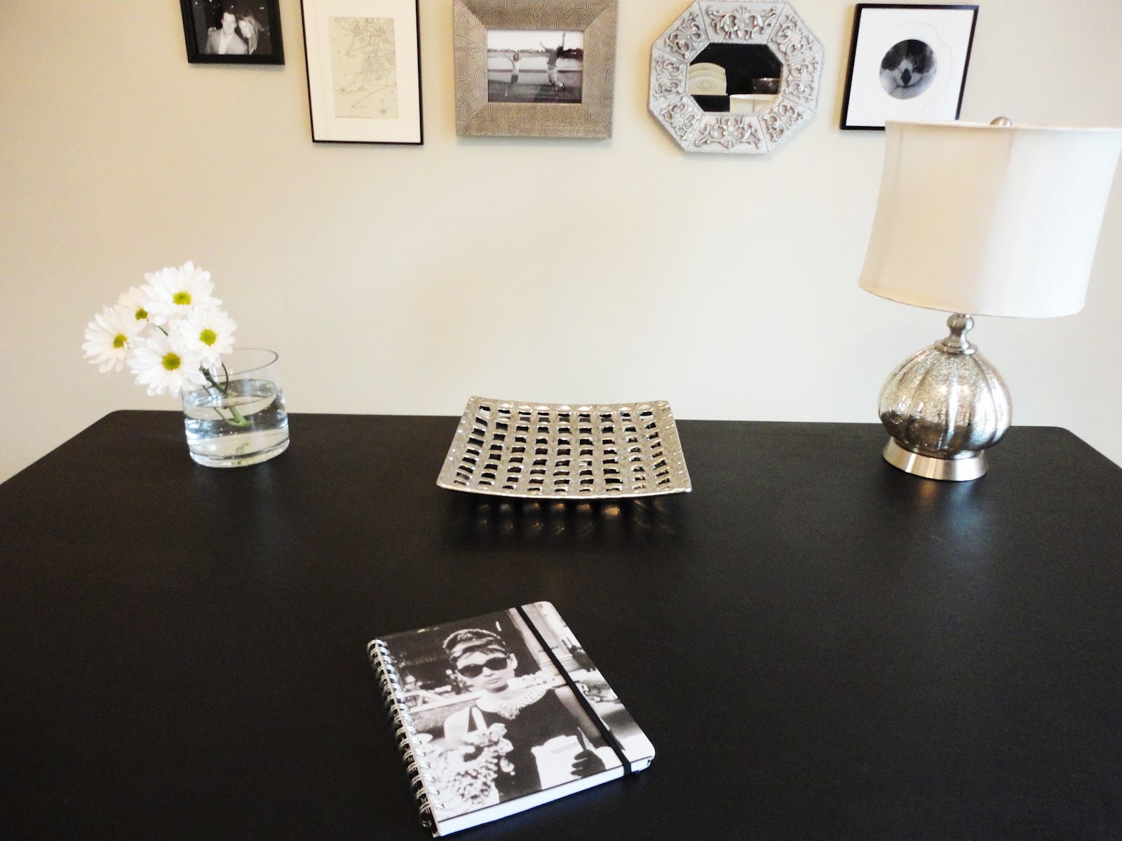 livelovediy the 300 office makeover tons of great ideas for decorating your home office on a budget