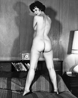 Gloria Dawn Nude Model