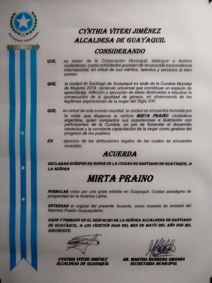 la Presidente del Foro Mujeres de Iberoamerica Declarada Huesped de Honor en Guayaquil- Eciador