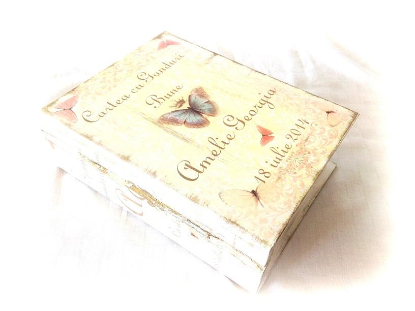 http://le-cose-animate.blogspot.ro/2014/07/butterfly-book-cartea-cu-ganduri-bune.html