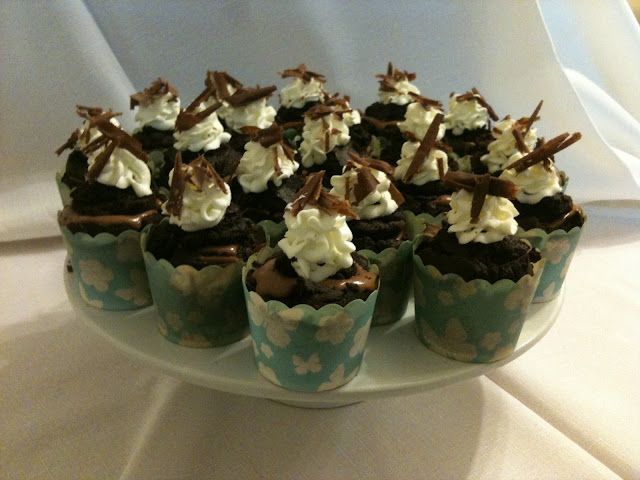 death by chocolate : baileys chocolate mousse cupcakes >> STARTS WITH CUPCAKES