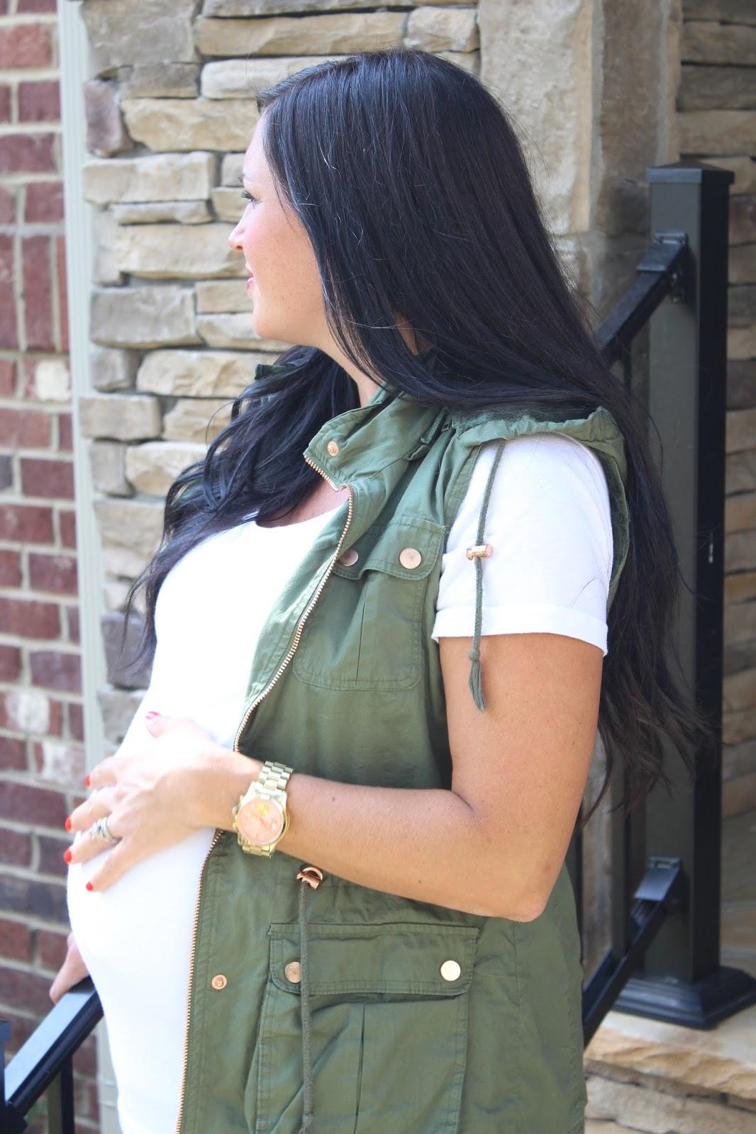 Vest, Jeans, 38 Weeks pregnant