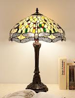 Die Tiffany Lampe Yello Dragonfly Mit Libellen Motiven Ist Eine Sehr Edle Tiffanylampe Glasperlen Verarbeitet Und Hat Einen Aufwendigen