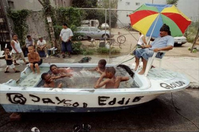 De pelos crazy news: múltiples formas de hacer una piscina
