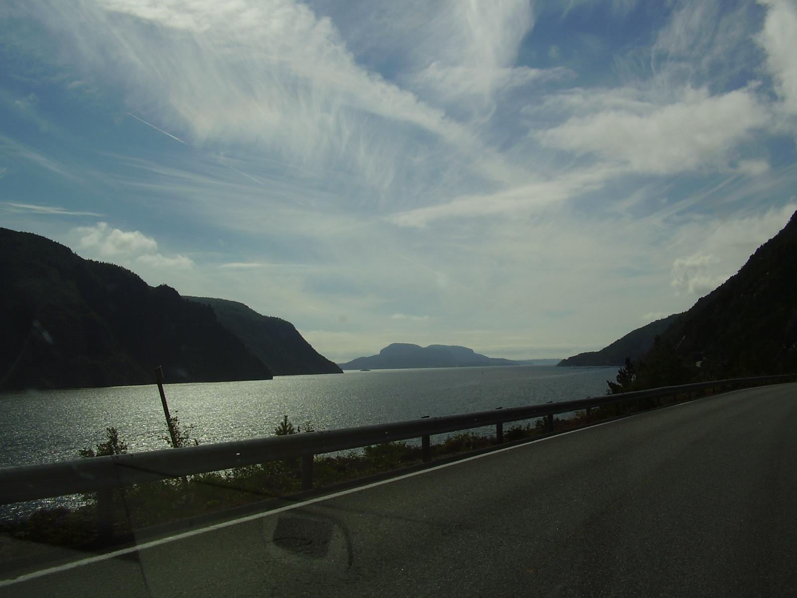 Niek in de wereld noorwegen dag 10 - Huis van de wereld fjord ...