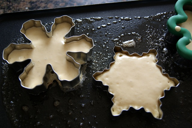 Alice And The Mock Turtle Cookie Cutter Pancakes