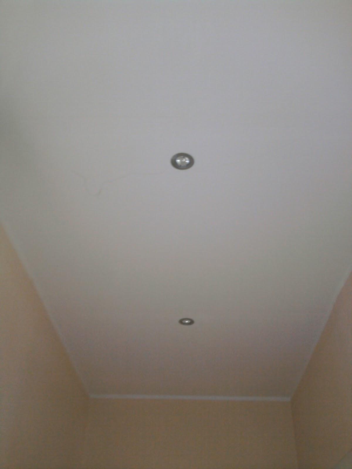 Andrea Cassinelli Artigiano: Abbassamento soffitto in cartongesso e installaz...