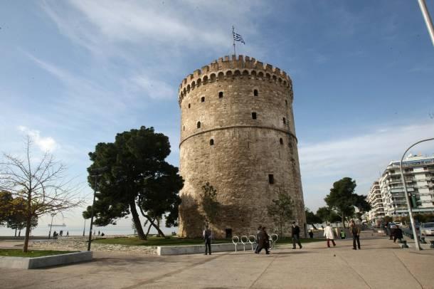 Σήμερα γύρω από τον Πύργο έχει ανακαινιστεί η περιοχή