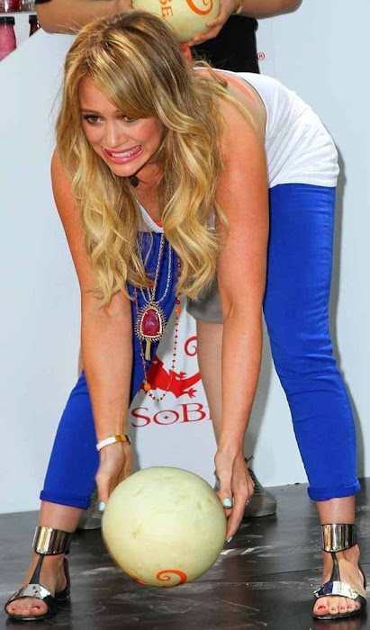 hilary duff tried bowling for sobe campaign (13 ) glamour images