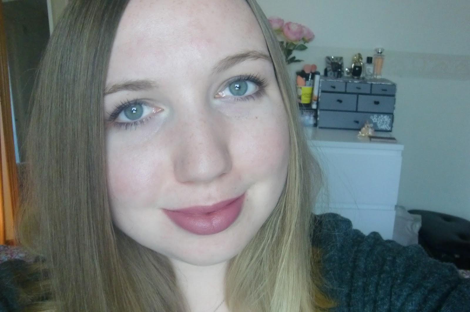 NYX Matte Lipstick In Tea Rose