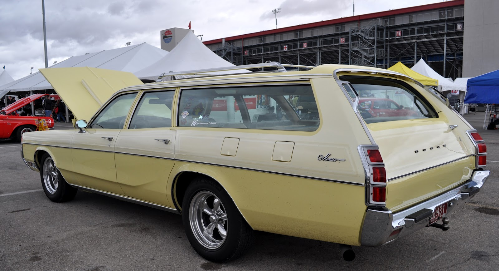 Just A Car Guy 1972 Dodge Monaco 9 Passenger Station Wagon Motorcycle Fuse And Relay Box