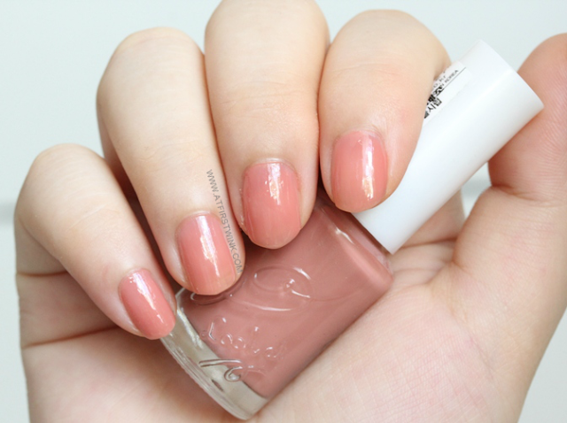 Etude House BE102 - Maple syrup nail polish on nails