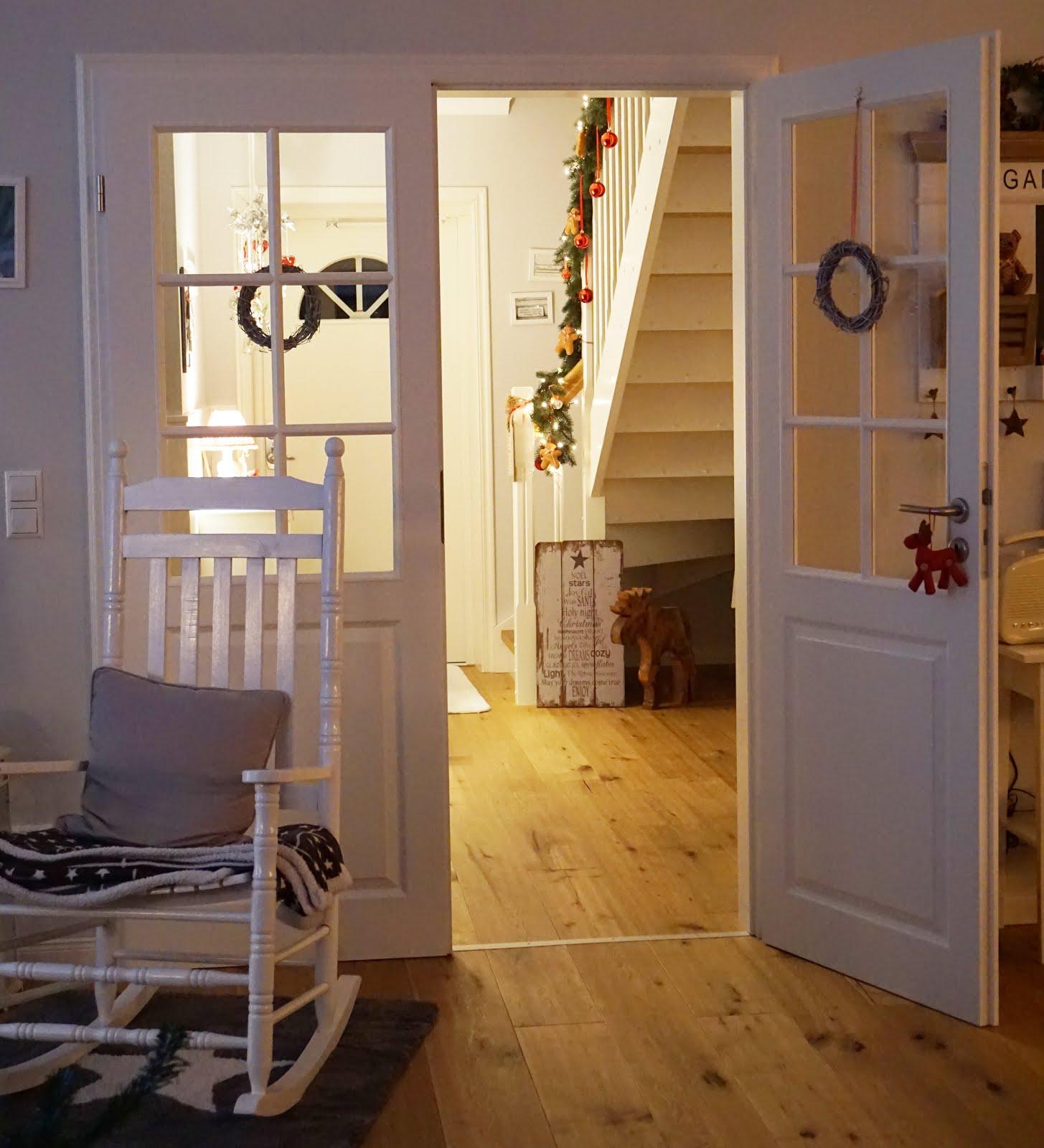 kleine lotta unser schwedenhaus muss immer alles. Black Bedroom Furniture Sets. Home Design Ideas