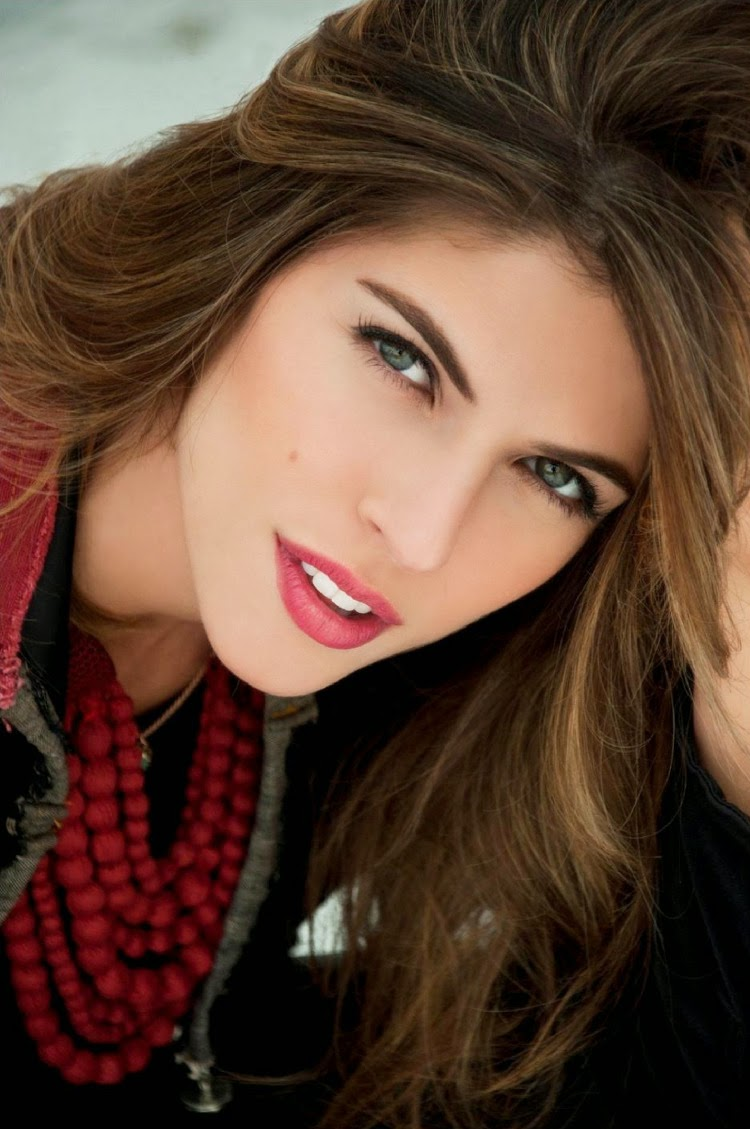 Stephanie Cayo World Country Magazines Actress Soundtrack Stephanie