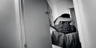 Kisah Wanita Yang Perkosa Pencuri Tokonya