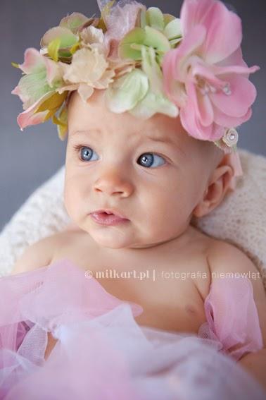 sesja zdjęciowa dziecka, fotografia niemowląt, zdjęcia rodzinne, fotograf dziecięcy w poznaniu