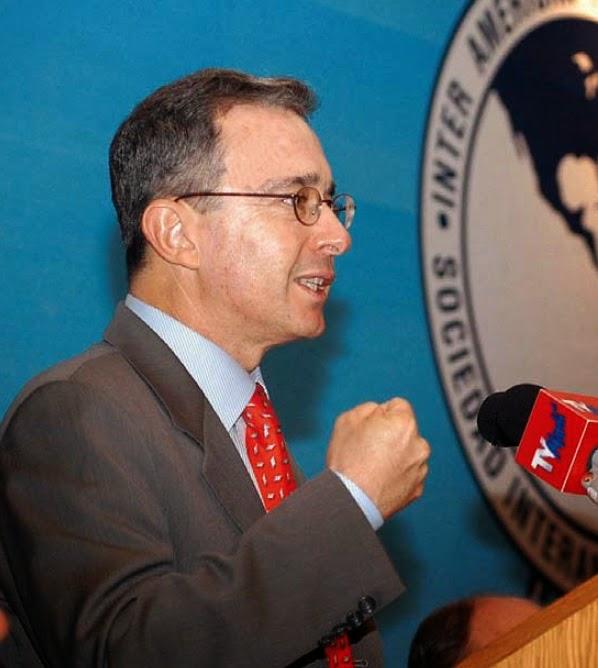 Álvaro Uribe vs Cepeda