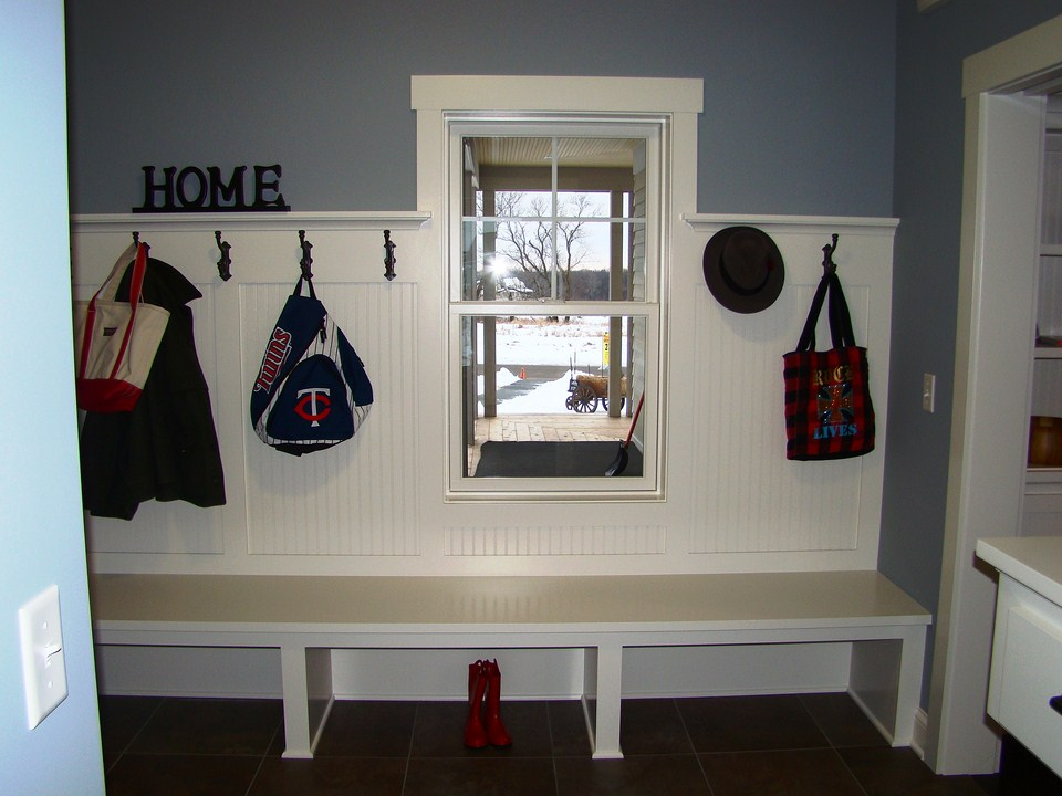 Simply elegant home designs blog red barn house on display for Farmhouse plans with mudroom