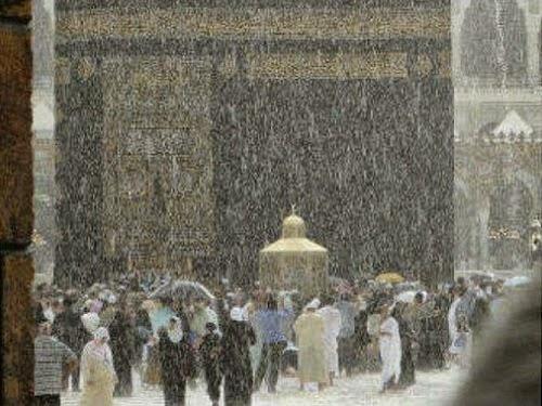 hujan deras di Ka'bah (googleusercontent)