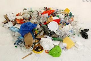 O lixo nosso de cada dia