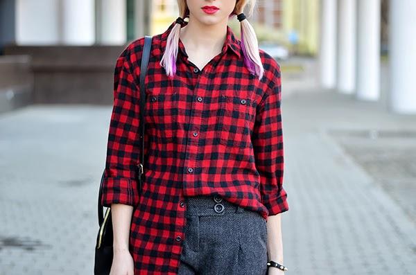 boyfriend checkered red shirt, wool shorts