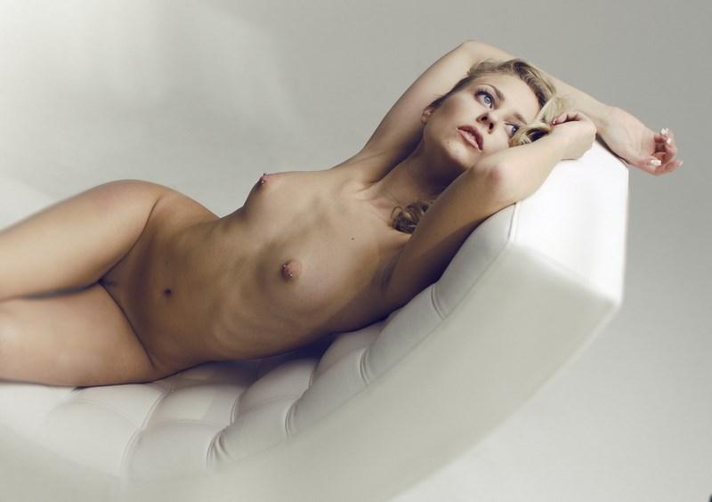 D.W.C. Nude - Photographer Alina Kalina