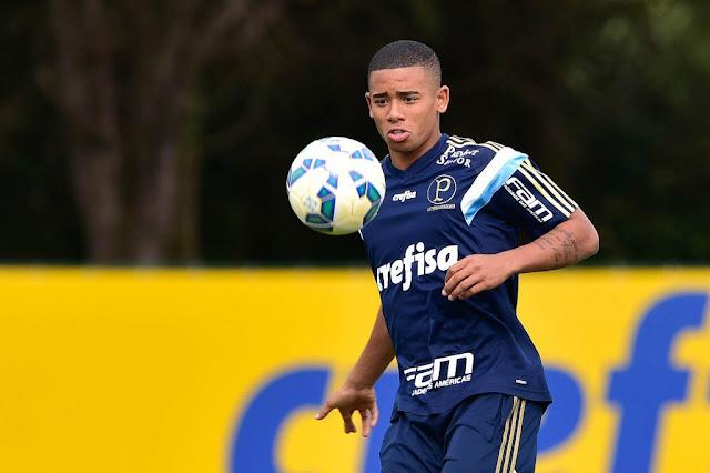 Gabriel Jesus, autor de quatro gols nos últimos dois jogos, é a esperança do ataque palmeirense (Foto: Fernando Dantas/Gazeta Press)