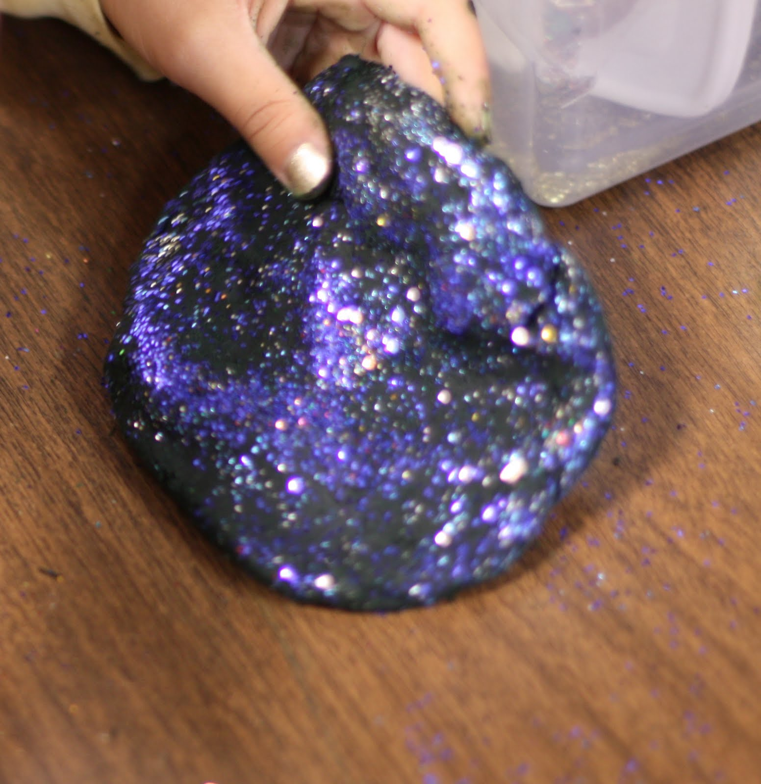 Galaxy Playdough - Fairy Dust Teaching