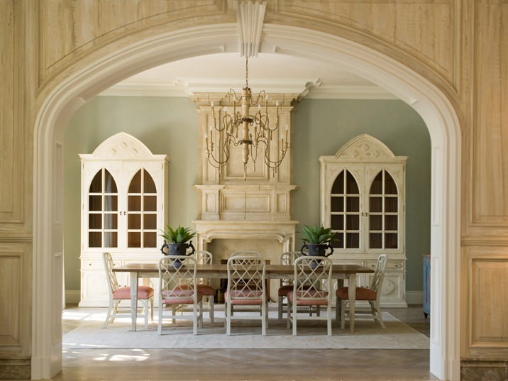Nettraditional Dining Room Chandeliers : rectangular set chairs table dining room wallpaper chandelier lighting ...