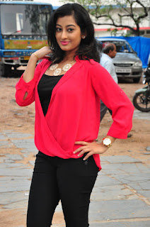 Actress Tejaswini Latest Pictures in Black Jeans (2)