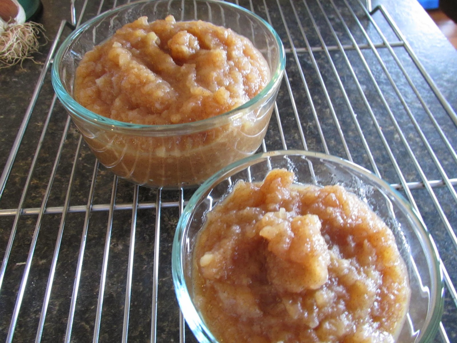 Finished spiced vanilla pear & apple jam in a 2 cup and 1 cup ...